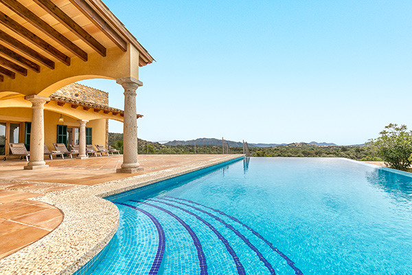 Wer seine Immobilie in die Ferienvermietung geben will, sollte unbedingt prüfen, ob er umsatzsteuerpflichtig ist.