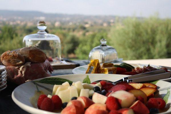 Frühstücksservice-Caroline-Fabian-e1546516634433 Vom Frühstücksservice bis zum privaten Koch-Event auf Ihrer Finca