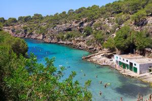 KL_Cala-Pi_vista_desde_arriba-300x200 Entdecken Sie Mallorcas Süden!