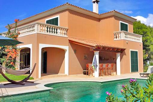 villa-vista-cabrera-mit-pool-und-haengematte-1 Entdecken Sie Mallorcas Süden!